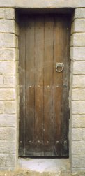 A door in the Roman fortress - Click to see nails